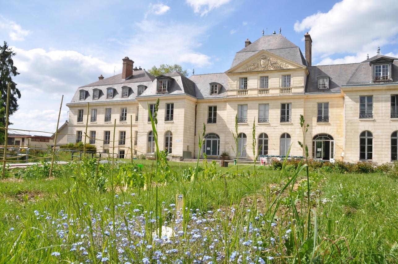 Château-stylé