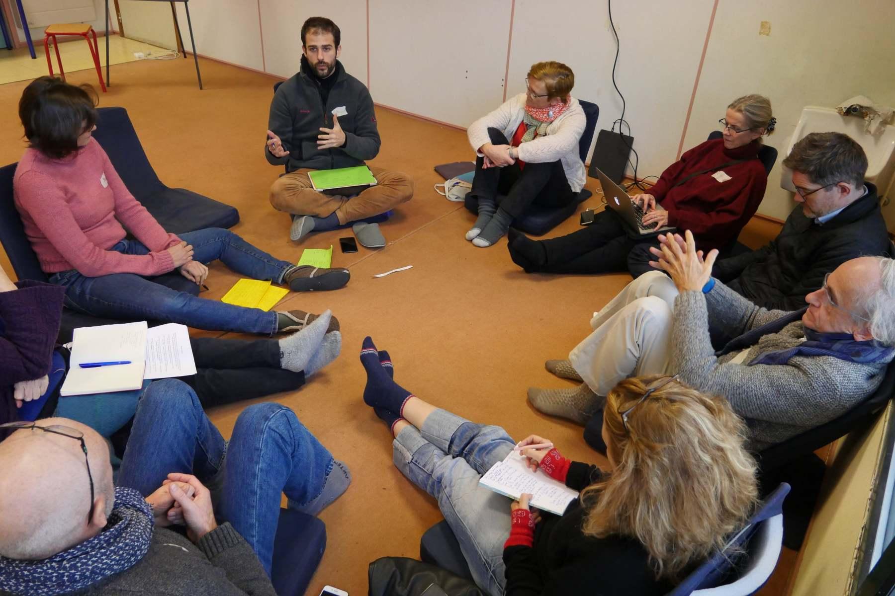 Discussion en petit groupe